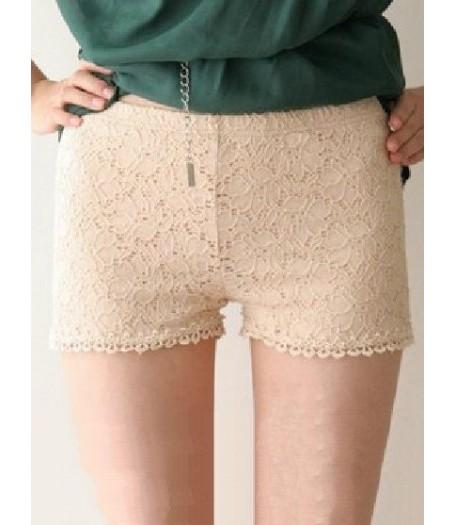 Retro Cream Lace Hot Pants