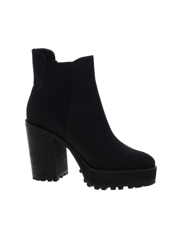 shoes chelsea boots black chelsea boots black boots heeled chelsea boots heel boots skirt cute sexy pencil skirt