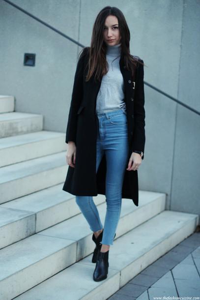 the fashion cuisine blogger turtleneck skinny jeans black coat coat jeans shoes bag jewels