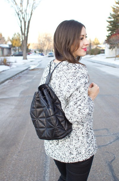 adventures in fashion blogger sweater quilted knitted sweater leather backpack