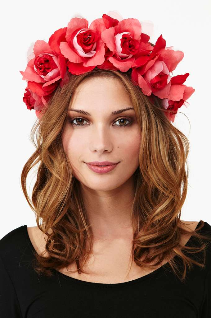 Daza Rose Crown in  Accessories at Nasty Gal
