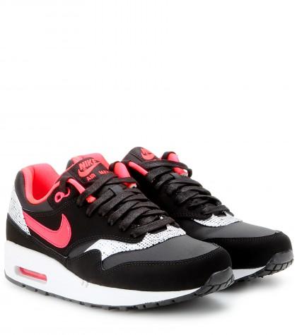 mytheresa.com -  Baskets Nike Air Max 1 QOH - Baskets - Chaussures - Luxe et Mode pour femme - Vêtements, chaussures et sacs de créateurs internationaux