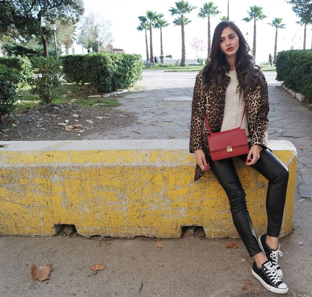 marie zamboli blogger red bag leopard print leather pants coat bag hat shoes jewels fur leopard print winter coat leggings black leggings leather leggings sweater beige sweater