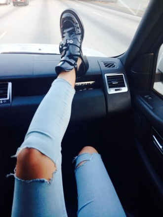 jeans blue jeans jeggings ripped jeans shoes pants cara delevingne the carrie diaries denim ripped skinny jeans black blue holes cute outfits couture chic designer cropped acid wash light leather black shoes black boots boots