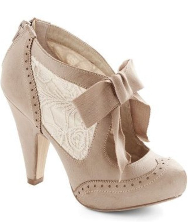 shoes cream now heels nude beige cute vintage wing tip nude boots ankle boots bow shoes booties