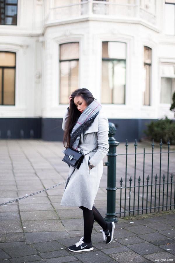 tlnique coat scarf jewels
