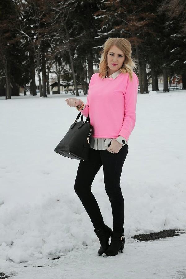 fashion flirtation t-shirt sweater jeans shoes bag jewels