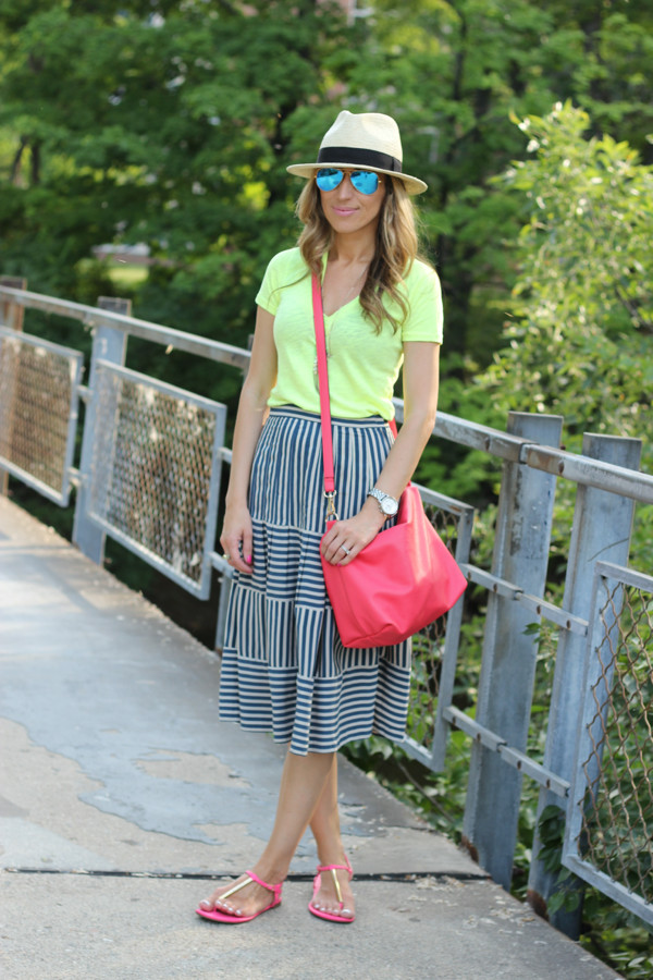 lilly's style t-shirt skirt shoes bag hat jewels