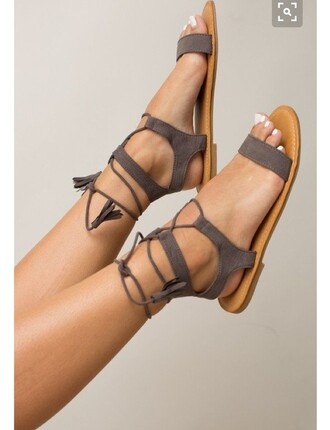 shoes taupe