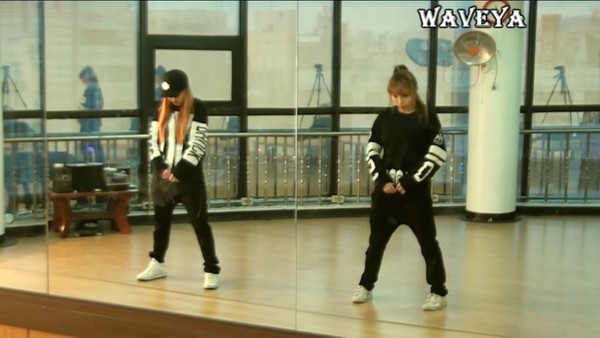 sweater kpop dance black