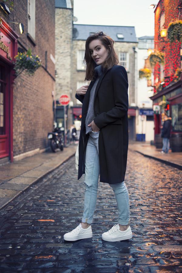 anouska proetta brandon coat sweater jeans bag shoes