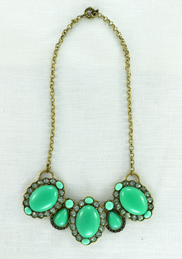 Fresh Green Statement Necklace - Happiness Boutique