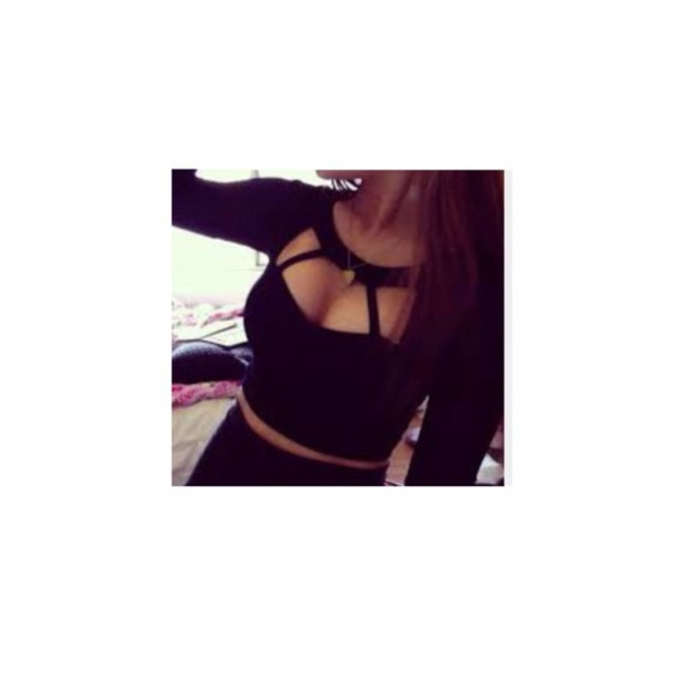 blouse cage top top cut-out cut out top blogger style instagram instagram black top caged bralette crop tops cage crop top rawbeauty. cut out crop top