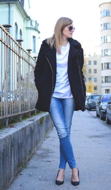 katiquette blogger jeans shirt shoes coat