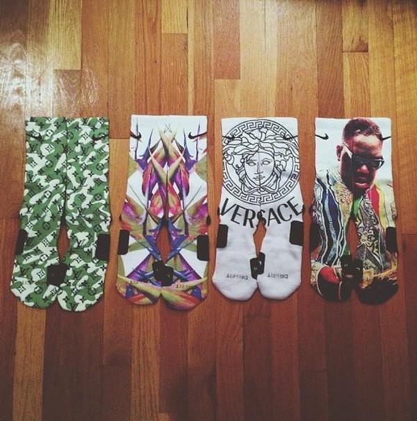 shoes socks graphic tee underwear jewels funny tumblr instagram fvkin biggie smalls tupac louis vuitton versace