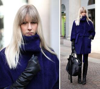 blue coat cobalt fur
