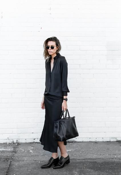 modern legacy blogger dress shoes bag sunglasses