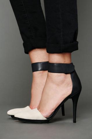 jeffrey campbell womens solitaire heel