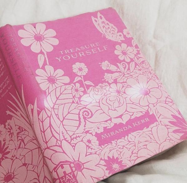 make-up treasure yourself pink miranda kerr book