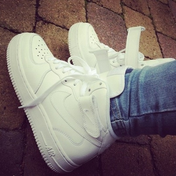 shoes nike trainers white tick laces nike shoes sportswear nike air white sneakers nike high tops nike air force 1 teenagers tumblr shoes ones nike air force 1 cute my white air force ones