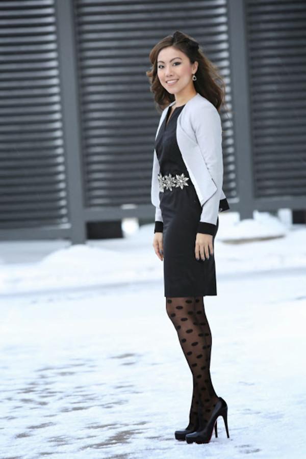 wearing fashion fluently dress jacket belt shoes