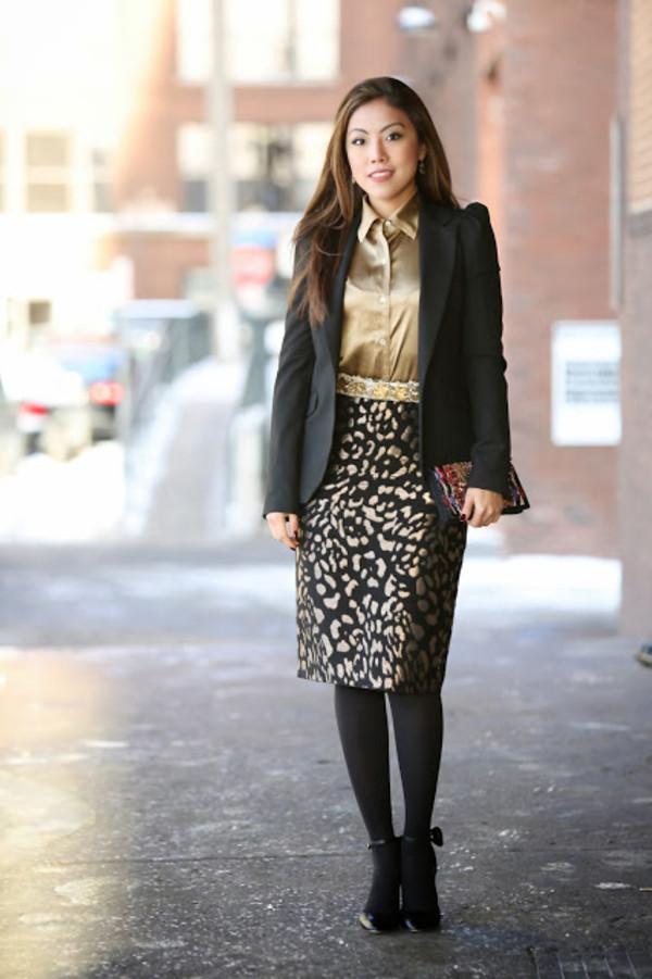 wearing fashion fluently shirt jacket skirt shoes jewels belt bag