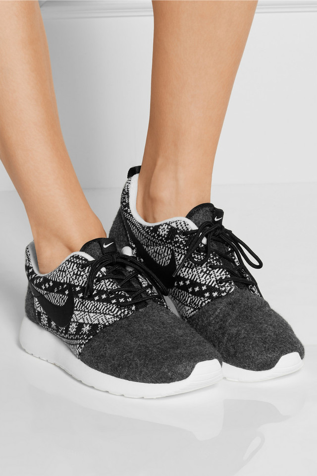 reputable site 0504c c3978 Nike Roshe Run Winter Wool