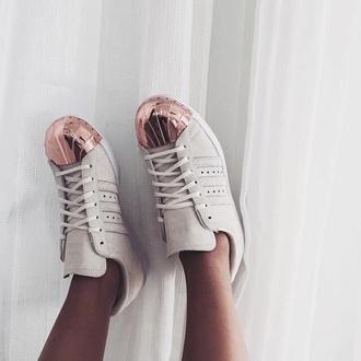 shoes adidas superstars pink basket adidas metallic toe