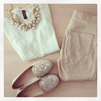 jewels necklace neutral pearl top pants shoes shenae grimes white shirt blouse style chic stripes striped top t-shirt