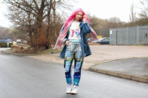 kayla hadlington blogger coat print top jeans scarf