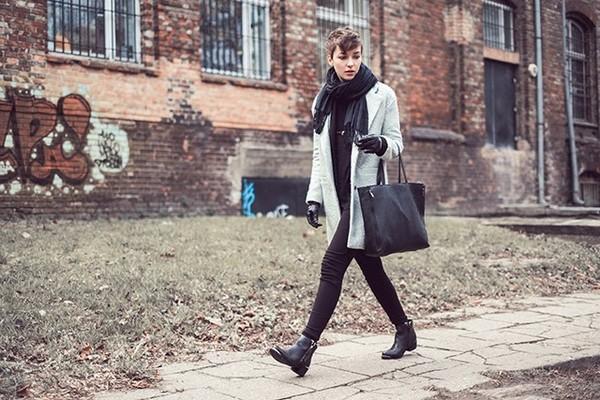 natalie's fashion workshop coat shoes pants bag