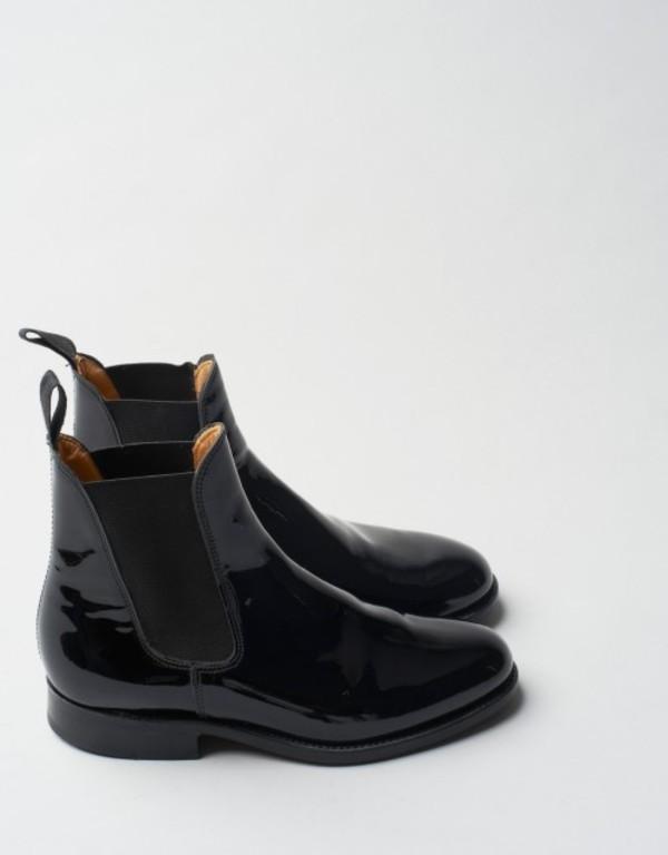 shoes boots black boots black gummy
