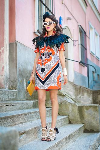 shoes bag dress t-shirt jewels sunglasses macademian girl