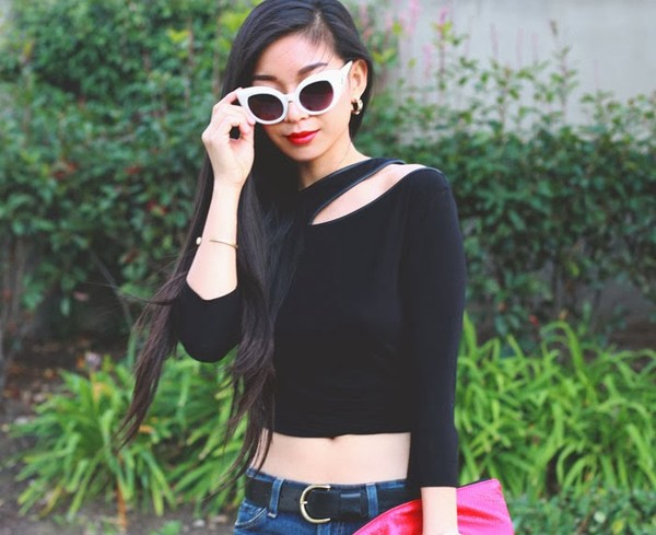 honey and silk t-shirt bag sunglasses jewels belt