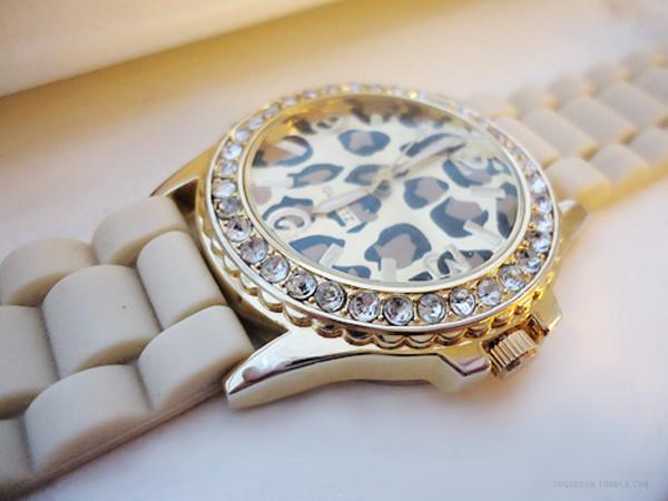 jewels leaopard watch white