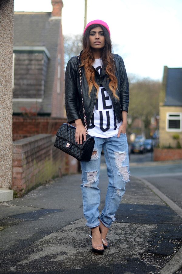 she wears fashion jeans t-shirt jacket shoes hat sunglasses