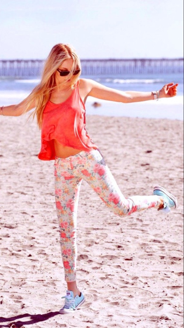 tank top pink floral jeans converse sneakers shoes