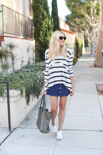 modern ensemble blogger striped sweater button up skirt denim skirt tote bag button up denim skirt french girl style
