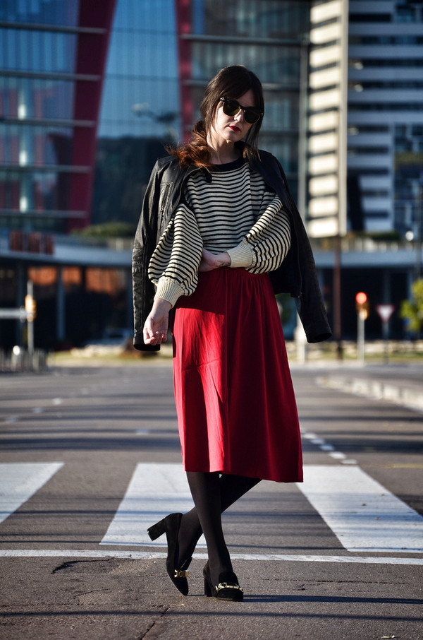 views by laura sweater skirt shoes sunglasses