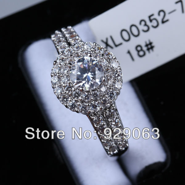 3 pics/RN064/Wholesale18K White Gold  Princess Cut Cubic Zirconia with Cluster Setting Engagement Ring For Womem,Factory Price !-in Rings from Jewelry on Aliexpress.com
