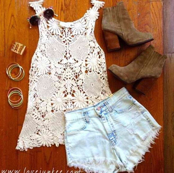 shoes shorts jewels tank top