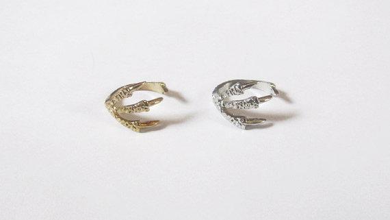 Claw Knuckle Midi Ring by AmarokDesigns on Etsy