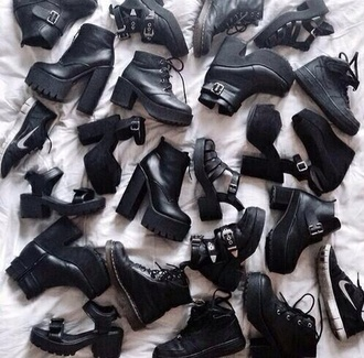 black shoes ankle boots chunky sole drmartens cut out shoes grunge shoes grunge accessory black boots shoes mid heel boots black