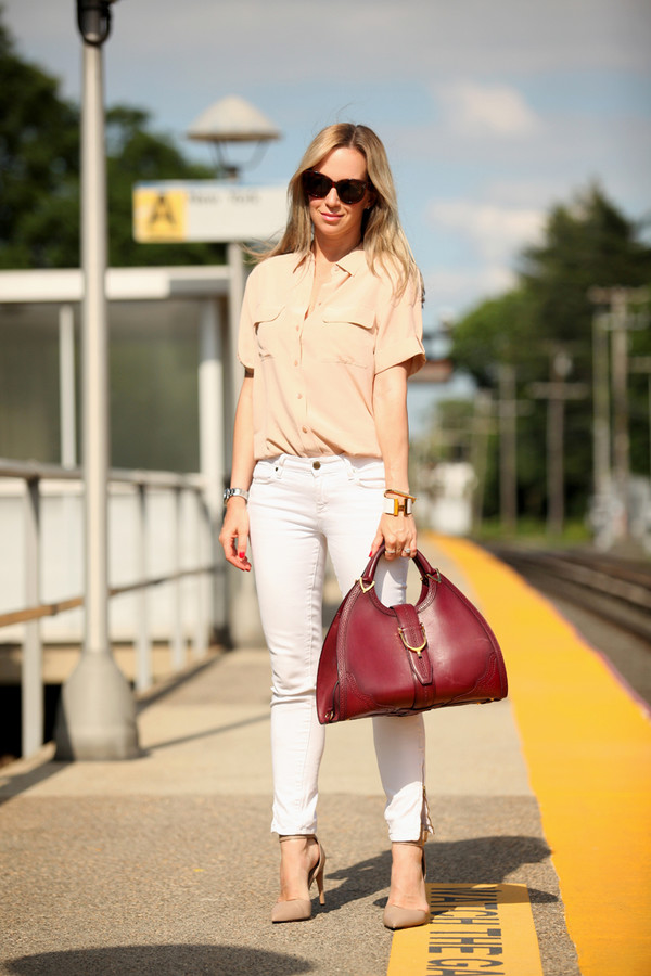 brooklyn blonde top jeans shoes bag jewels