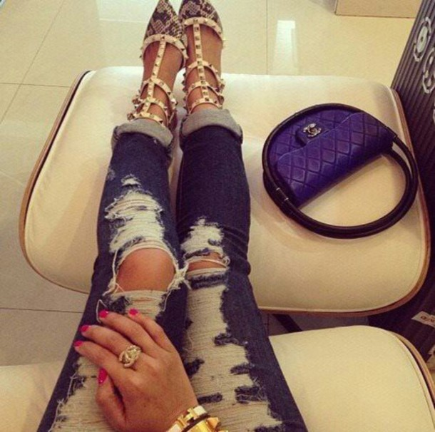 jeans darkbluejeans shredded skinnyjeans cuffed