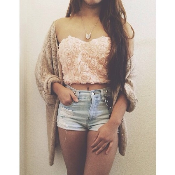 shirt light pink roses light wash shorts tan sweater retro glasses novalabelle shorts coat jewels