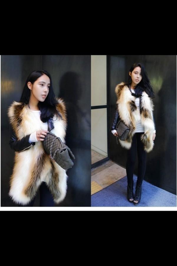 jacket fur gilet mixed waistcoat faux fur vest fur vest asymmetrical winter outfits