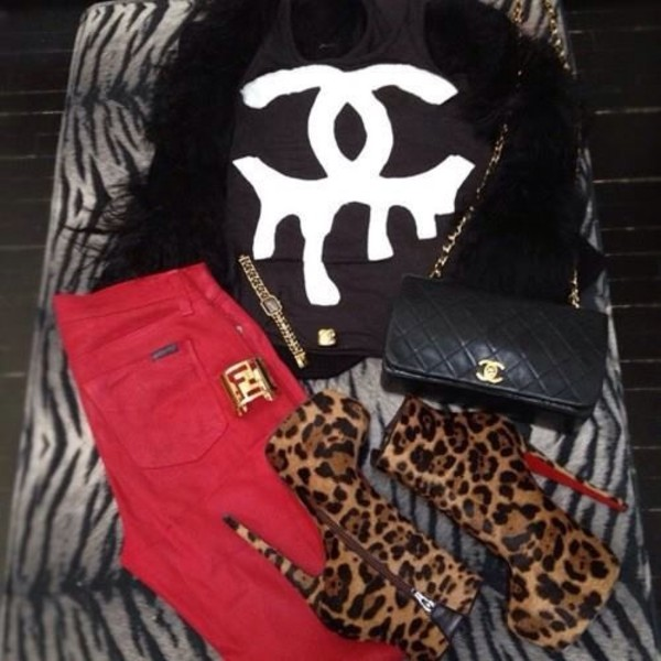 shoes jeans t-shirt bag skreened animal print high heels fashion chanel