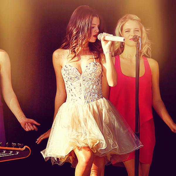 dress selena gomez shiny