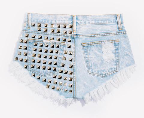 450 Acid Frayed Studded Shorts   RUNWAYDREAMZ